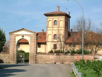 Villa la Torre ospita Informatica in azienda in via vaccaro a bologna