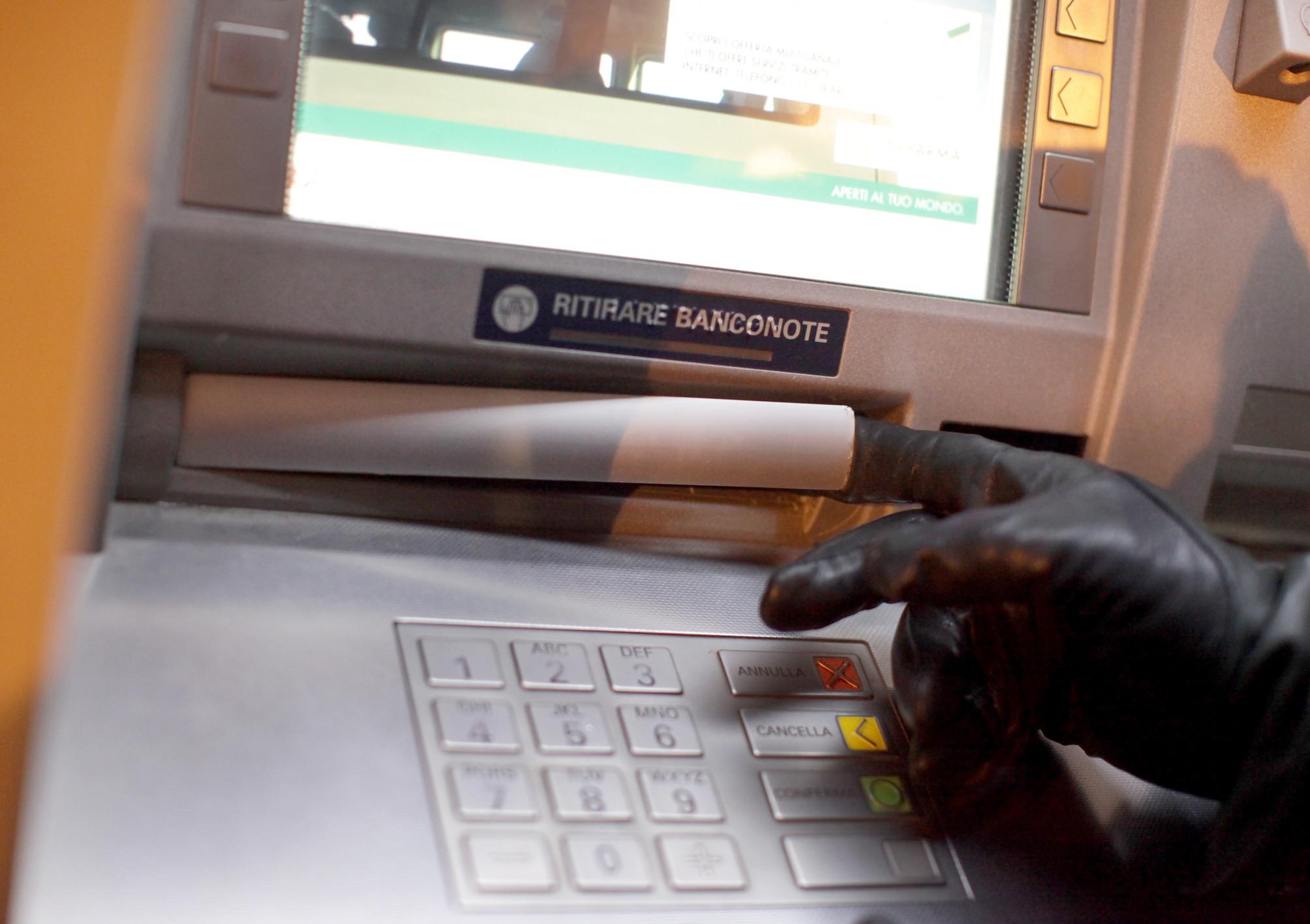 """Digita il PIN se vuoi essere pagato"""": truffa"""""""